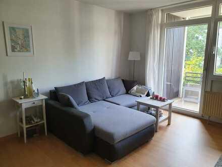Helle 2-Zimmer-Wohnung mit Balkon in begehrter Stadtrandlage