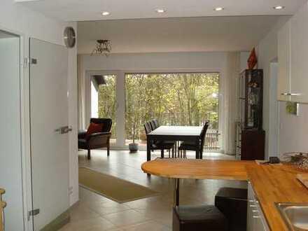 Moderne, helle 3-Zimmer-Wohnung mit 2 Balkonen und Blick ins Grüne