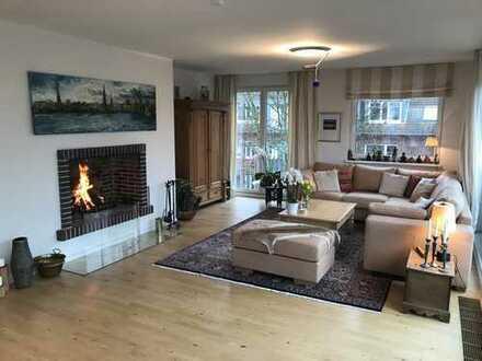 Penthouse, Kamin, Dachterrasse, Gäste-Bad, Glasfront, Masterschlafzimmer mit Bad en Suite