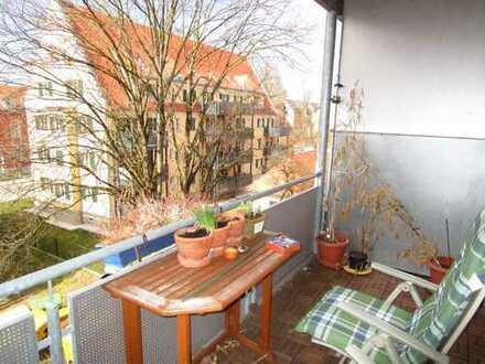****Gemütliche, 2 ZKB, ca. 55qm, Balkon, TG-Platz, in Augsburg, Proviantbachviertel****