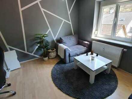 Schöne 3,5-Zimmer-Wohnung mit Balkon/Einbauküche/Garage/Stellplatz in Horb - Talheim