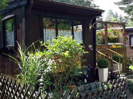 Wochenendhaus aus Holz zu verkaufen - Auszeit im Grünen