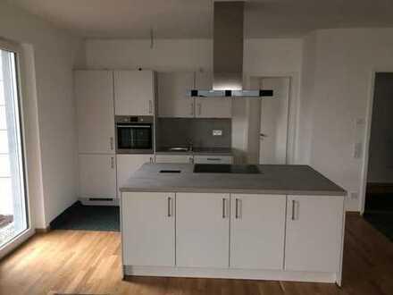 Neubau im Herzen von Gießen, Traum 4 Zi. im Kugelberg Wohnung ab sofort mit eigenem Garten