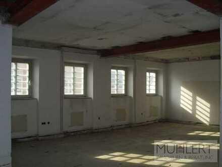 Mutterstadt-Zentrum: 210 m² Büroetage mit Fahrstuhl