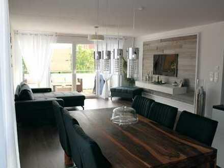 Helle und hochwertige 4-ZKB-Wohnung