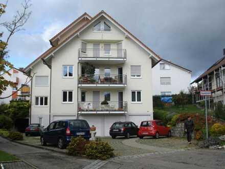 Grosse Hochparterre-Wohnung mit fünf Zimmern und Terasse in Immenstaad