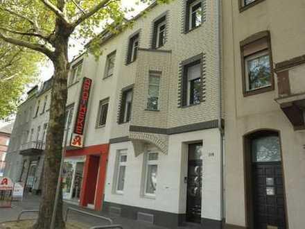 Hochwertig modernisiertes 4-Familienhaus in zentraler Wohnlage