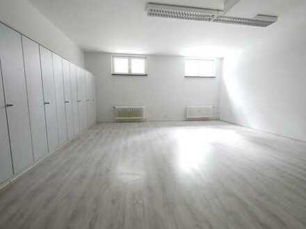 Soutterrainbüro | Loftfeeling durch hohe Decken und große Räume