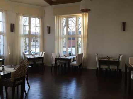 Historische Räumlichkeiten mit wundervollem Ambiente suchen neuen Küchenchef mit Stil