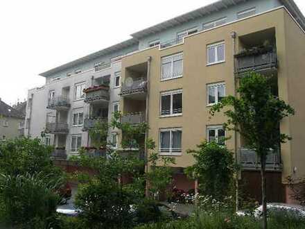 Penthouse 5 1/2 -Raum E-Frohnhausen, Niedrigenergiehaus mit Solarwarmwasser, 2 Bäder, Stellplatz