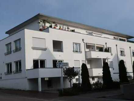 Barrierefreie Wohnung - ansprechend möbliert - mit großer Dachterrasse