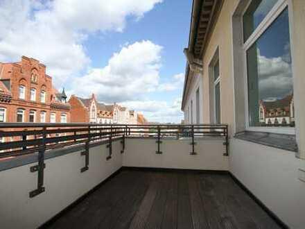 Sanierte 5-Zimmer Traumwohnung im Herzen von Kleefeld mit Balkon und Einbauküche