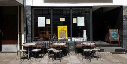 Café & Cocktailbar in der Fußgängerzone von privat zu vermieten