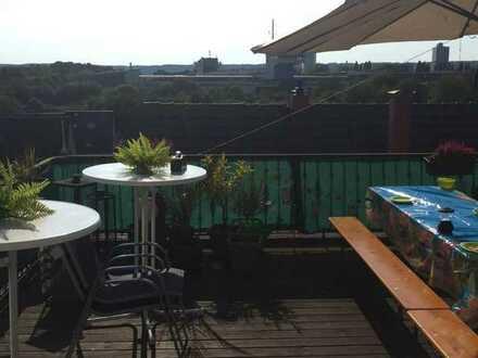 Wohnung mit großer Dachterrasse in der Königswinterer Str. in Beuel / Küdinghoven, frei zum 1. Sept