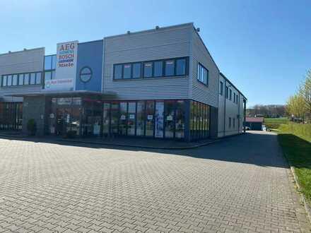 Halle/ Lagerhalle/ Ladengeschäft/Super Lage