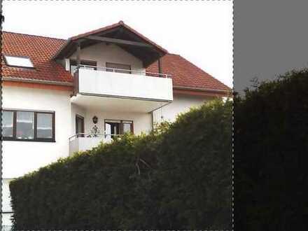 920 €, 105 m², 4 Zimmer