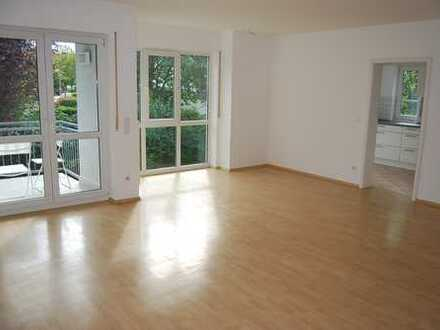 Vollständig renovierte 3-Zimmer-Wohnung mit Balkon und neuer EBK in Mainz-Drais