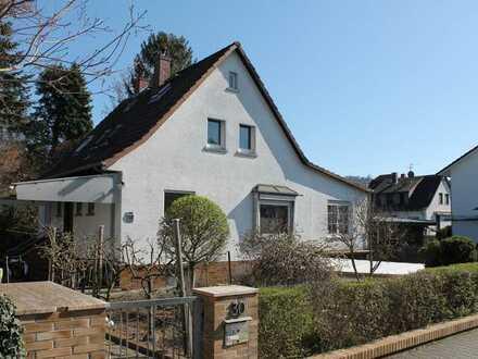 Modernisierung erwünscht! Einfamilienhaus in Seeheim