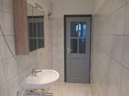 Schöne, helle und gepflegte 1-Zimmer Wohnung in Pegnitz, Nähe Bahnhof, sofort frei!