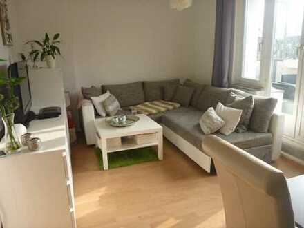Der Sommer kann kommen: ruhige 2-Zimmer-Wohnung mit zwei Balkone - ideal für berufstätige