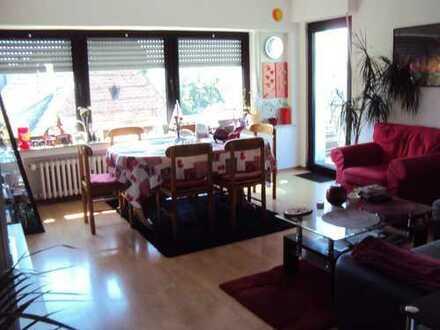 TOPLAGE - Herrliche 3-Zimmerwohnung auf Fußgängerzone in Dormagen-City