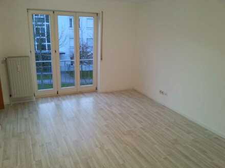 Gepflegte 2-Zimmer-Wohnung mit EBK in Stuttgart-Plieningen