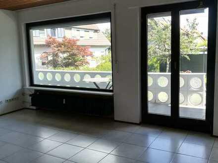 Freundliche 3,5-Zimmer-Erdgeschosswohnung mit Balkon und EBK in Schwäbisch Gmünd