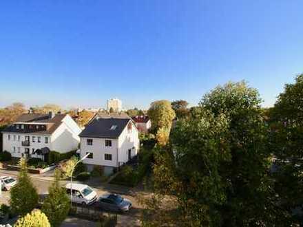 Hollenders Immobilien: Wunderschöne Dachgeschoss-Maisonette in guter Lage von Köln-Rodenkirchen
