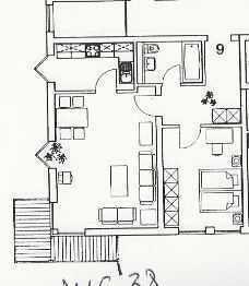 Von Privat - Neu renovierte 2-ZKB-Wohnung mit Balkon, ggf. TG-Stellplatz