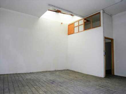 ~Atelier/Büro/Studio~ im ruhigen Hinterhaus in der Karlsruher Oststadt zu vermieten