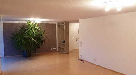 Modernisierte 4,5-Zimmer-Wohnung mit 2 Balkonen, am Oeneking in Lüdenscheid