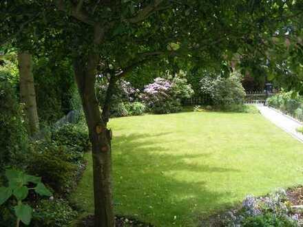 Superlage inmitten alter Gärten ! Ruhiges Südwest-Grundstück in Münster St.Mauritz - sofort bebaubar