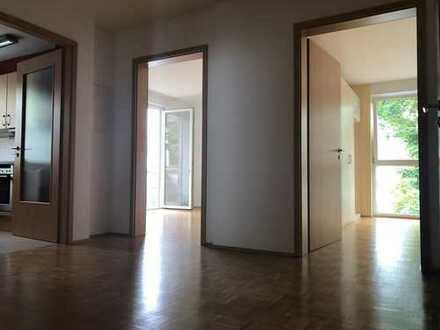 Attraktive 3-Zimmer-Wohnung mit Balkonen und Einbauküche in Würzburg