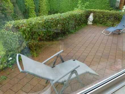 Zimmer in Hausgemeinschaft mit Traumblick, Wohnzi m.Kamin, gr Gartenterrasse, Gartenmitbenutzung