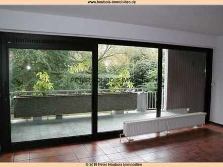 Gepflegtes wohnen, sanierte 2-Zimmer-Wohnung mit großer Terrasse Köln-Marienburg