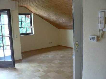 Gepflegte 3-Raum-Dachgeschosswohnung mit Balkon in Bad Kreuznach