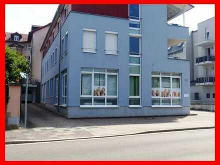 Büro- u. Praxisräume direkt an der Weinstraße in bester Lage