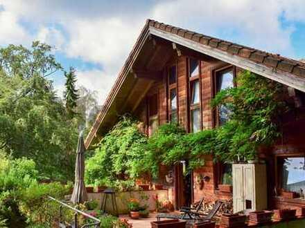 Idyllisch und großzügig Wohnen am Waldrand: DHH mit 2 ELW und traumhaftem Garten bei Heidelberg