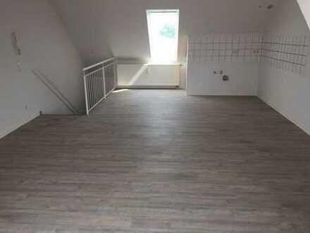 schöne und helle 2-Zimmer-Maisonette Wohnung