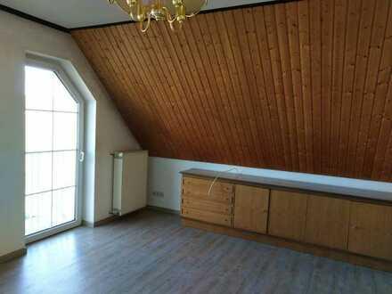 Erschwingliche 2-Raum-Dachgeschosswohnung zur Miete in Laubach