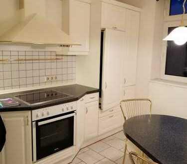 Modernisierte 3,5-Zimmer-Wohnung mit Dachterrasse und EBK in Bad Frankenhausen