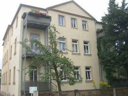 Sehr schöne Wohnung in Großzschachwitz - 5-Zimmer mit Balkon im 1. OG mit Gartennutzung