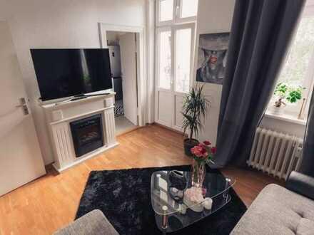 Geschmackvolle Wohnung mit zwei Zimmern sowie Balkon und Einbauküche in Bamberg