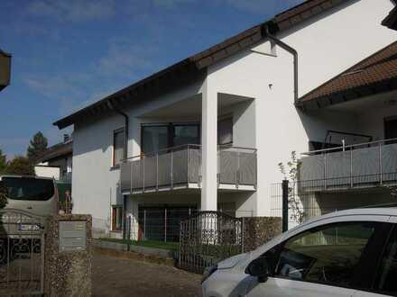 Exklusive 3-Zimmer-Wohnung mit Balkon und EBK