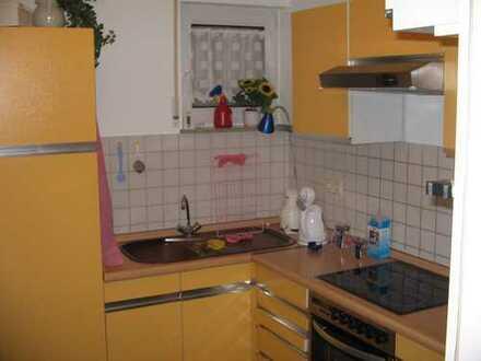 Vollständig renoviertes Reihenhaus mit sechs Zimmern und Einbauküche in Ettlingen, Ettlingen