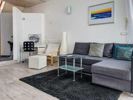 Schöne vollmöblierte Studio-Wohnung für Singles