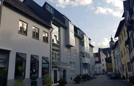 TRAUM-Maisonette-Wohnung in TOP Lage / Provisionsfrei / Fußbodenheizung / TG-Stellplatz / EBK