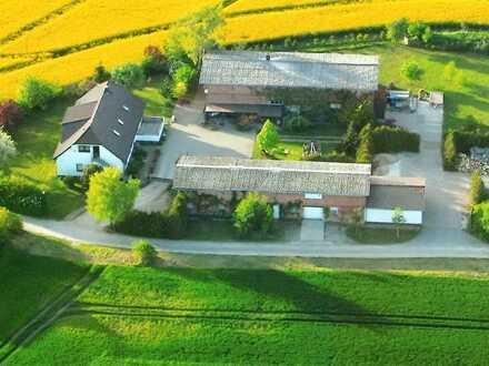 idyllischer 3-Seitenhof in Alleinlage bei Altentreptow