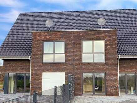 Neubau-Doppelhaushälfte in Bocholt-Suderwick zu vermieten