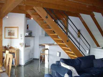 Schöne offen geschnittene Etagenwohnung mit Balkon und EBK in Greven